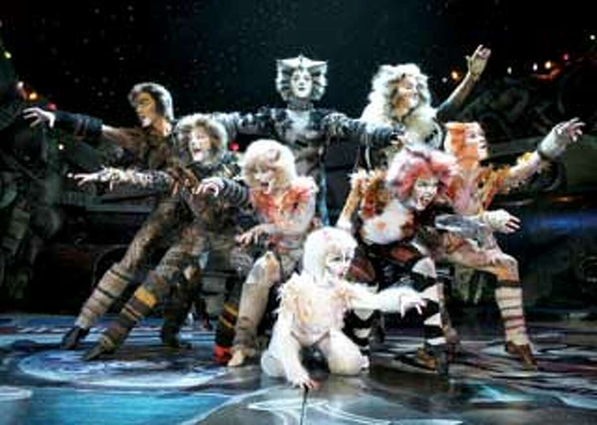 """The cast of """"Cats"""" cavorts in its dazzling junkyard. (2008, GCreative)"""