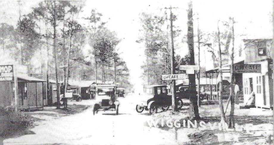 The Wigginsville community southeast of Conroe circa 1932.