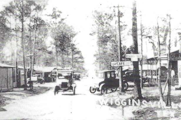 The Wigginsville community southeast of Conroe circa 1932.