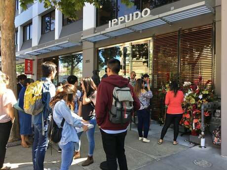 A look at the lines and food at the grand opening of Ippudo Ramen in Berkeley. Photo: Sarah Fritsche