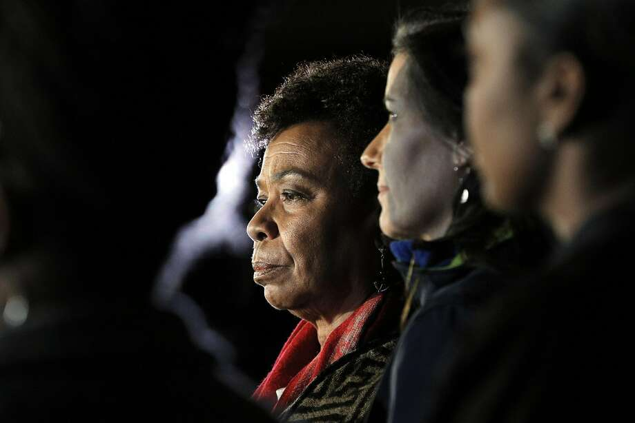Congresswoman Barbara Lee, center, during a press conference with Oakland Mayor Libby Schaaf as recovery efforts came to a close following the Ghost Ship fire that claimed 36 lives in Oakland, Calif., on Tuesday, December 6, 2016. Photo: Carlos Avila Gonzalez, The Chronicle