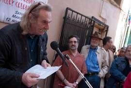 kerouac01_0009_db.JPG Jack Hirschman, San Francisco Poet Laureate, reads a poem to the crowd, with Supervisor Aaron Peskin, center right, and poet Lawrence Ferlinghetti, back right, watching at the Jack Kerouac Alley Dedication for the newly restored Jack Kerouac Alley between Grant and Coumbus in North Beach, which was attended by community leaders and local residents from North Beach and Chinatown and included entertainment and festivities from 12:00 to 4:00 p.m.  in San Francisco, CA, on Saturday, March, 31, 2007.   photo taken: 3/31/07 Darryl Bush / The Chronicle    **  Jack Hirschman, Aaron Peskin, Lawrence Ferlinghetti (cq)  Ran on: 07-06-2007 Jack Hirschman, San Francisco's poet laureate, is hosting the city's International Poetry Festival later this month.