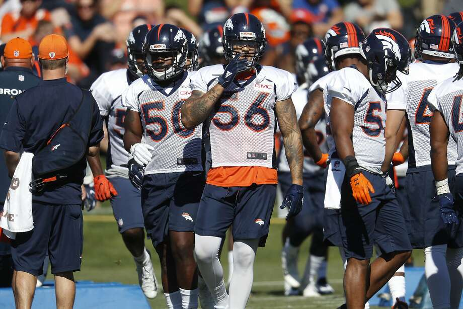 Broncos outside linebacker Shane Ray (56) is expected to be a key contributor in Denver this season. Photo: David Zalubowski, Associated Press