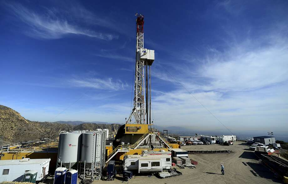 The Aliso Canyon facility above the San Fernando Valley has been largely out of commission since an old methane well failed in October 2015, leading 8,000 families to evacuate. Photo: Dean Musgrove, Associated Press