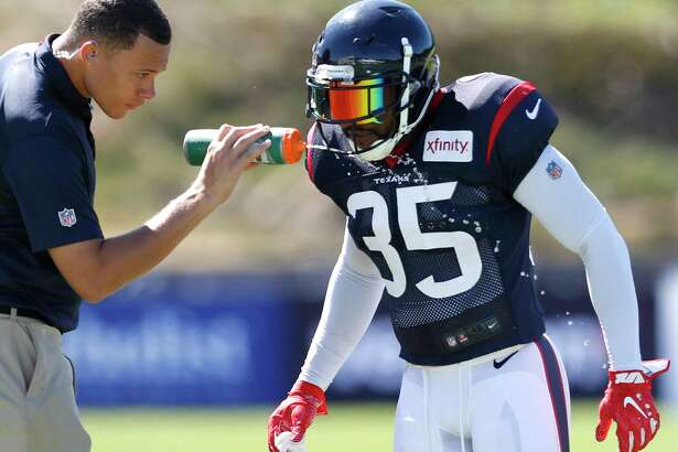 Houston Texans defensive back Eddie Pleasant (35) gets a drink of water during training camp at the Greenbrier on Sunday, July 30, 2017, in White Sulphur Springs, W.Va.