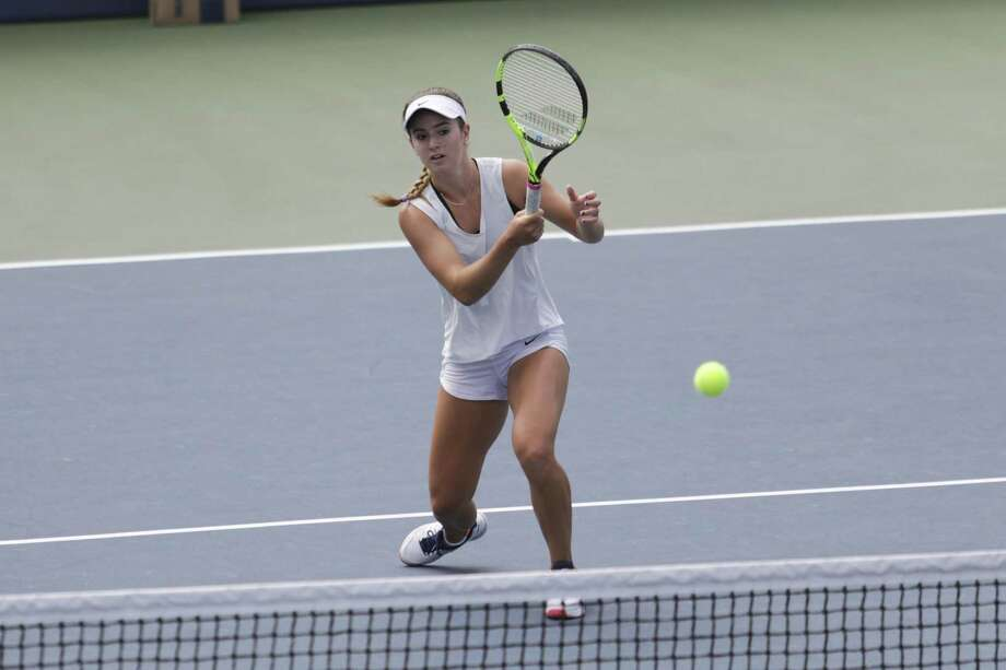 Professional tennis player and Atherton-native CiCi Bellis practices at Stanford University in Stanford, Calif on July 26, 2017.