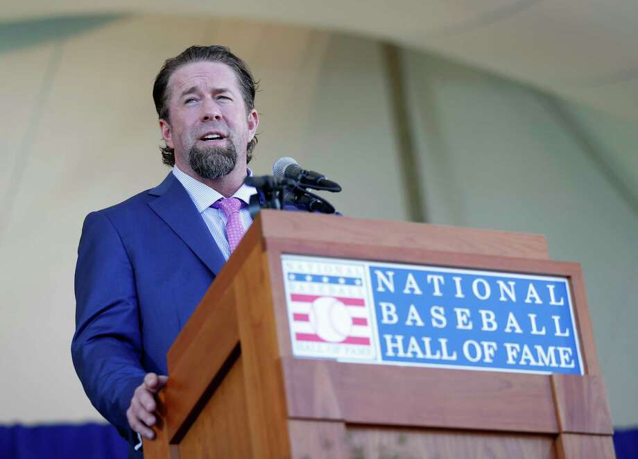 Jeff Bagwell gives his speech after getting inducted during the National Baseball Hall of Fame Induction ceremonies, Sunday, July 30, 2017, in Cooperstown. ( Karen Warren / Houston Chronicle ) Photo: Karen Warren, Staff Photographer / @ 2017 Houston Chronicle