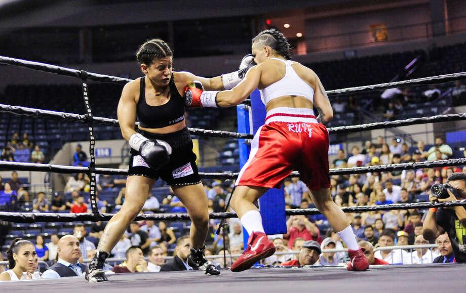Mandy Fuentes faces Christina Ruiz at the Laredo Energy Arena on Friday, July 28, 2017 during Fight Fest 15. Photo: Danny Zaragoza/Laredo Morning Times