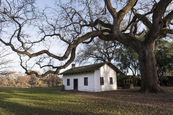 UNITED STATES - DECEMBER 10: The adobe home of William Ide at the William B. Ide Adobe State Historic Park in Red Bluff, California (Photo by Carol M. Highsmith/Buyenlarge/Getty Images)