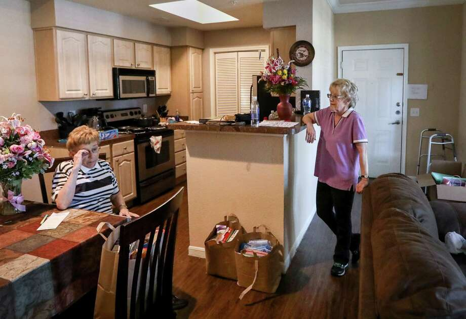 Mary Jane Fields, left, and her sister, Marian Fields, came from Missouri so that Marian could get treatment for a rare and lethal form of skin cancer at MD Anderson Cancer Center. Photo: Jon Shapley, Houston Chronicle / © 2017 Houston Chronicle