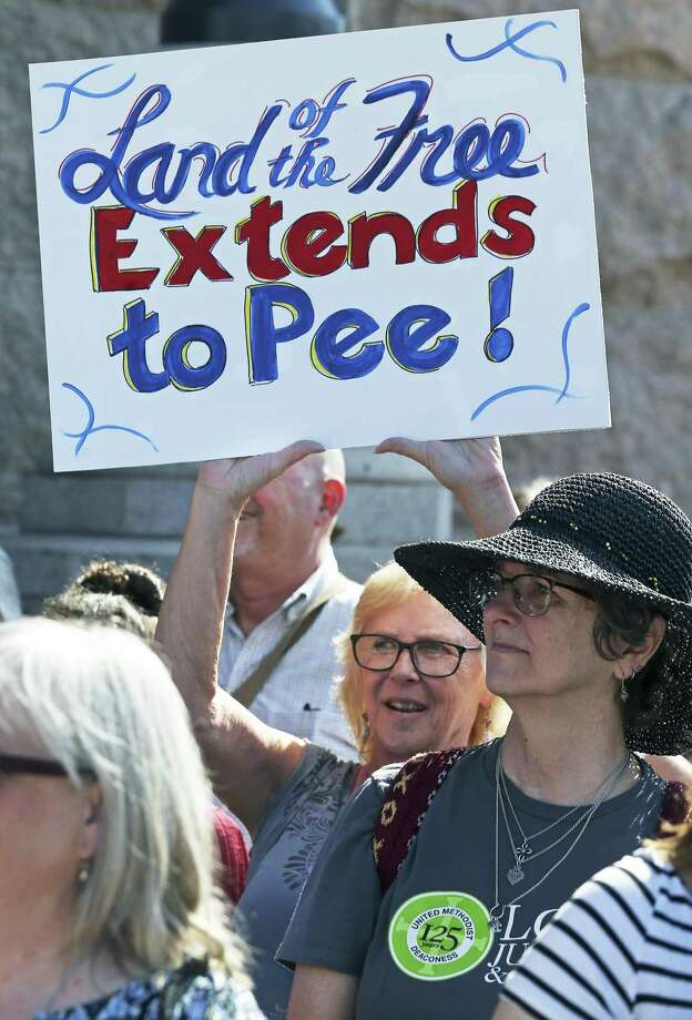 "leaders from a broad coalition of religious groups demonstrate on the steps of the Capitol against Senate Bill 3 and other ""bathroom bill"" on August 1, 2017. Photo: Tom Reel, Staff / San Antonio Express-News / 2017 SAN ANTONIO EXPRESS-NEWS"