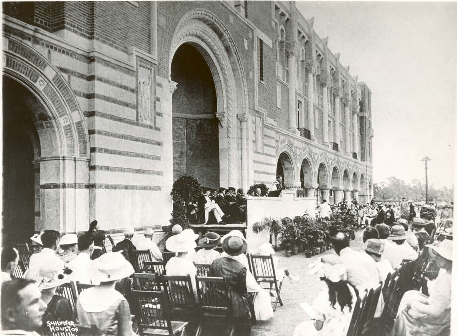June 1916 - The first commencement at Rice University. Photo: FRANK J. SCHLUETER/SCHLUETER COLLECTION - Houston Chronicle Files