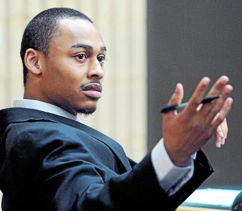 (Arnold Gold-New Haven Register)  Cordaryl Silva gestures as his trial begins at Milford Superior Court on 4/1/2014. Photo: Journal Register Co.