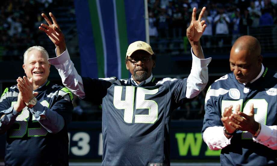 """Seahawks legend Kenny Easley, one of the greatest safeties of all time, told the SeattlePI that linebacker Bobby Wagner is a Hall of Famer """"right now"""" based on his resume. On this year's Super Bowl, he added that it would be """"foolish"""" to bet against the Patriots. Photo: John Froschauer, FRE / Copyright 2017 The Associated Press. All rights reserved."""