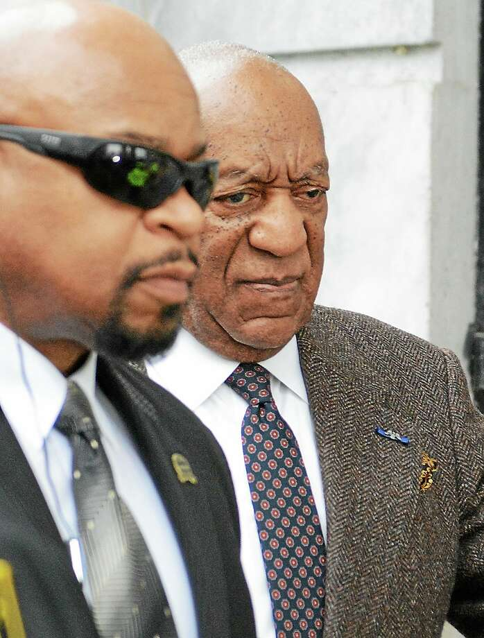 Bill Cosby walks towards the main entrance of the Montgomery County Courthouse in Norristown for day two of his pretrial hearing Wednesday, Feb. 3, 2016. Photo: Gene Walsh — Digital First Media   / Digital First Media