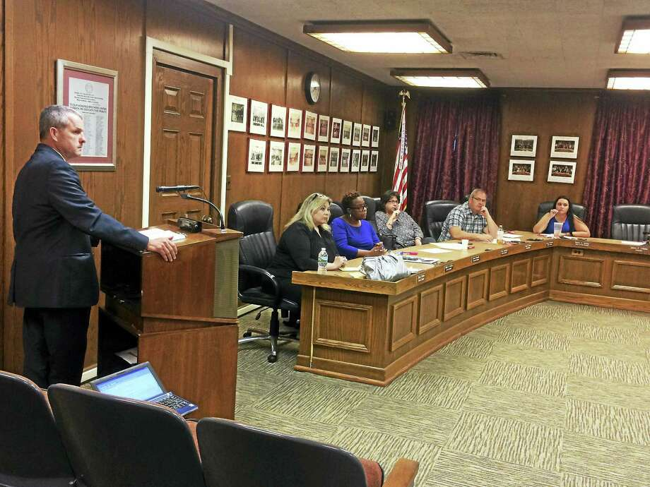 Auditor Scott Bassett of RSM US LLP addresses the West Haven City Council's Finance Committee Monday night regarding the annual audit. Photo: Mark Zaretsky — New Haven Register