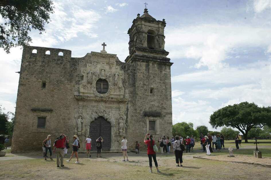 The Institute of Texan Cultures hosts a field trip for teachers, part of the San Antonio Tricentennial Summer Institute for Educators, at Mission San José on July 12.