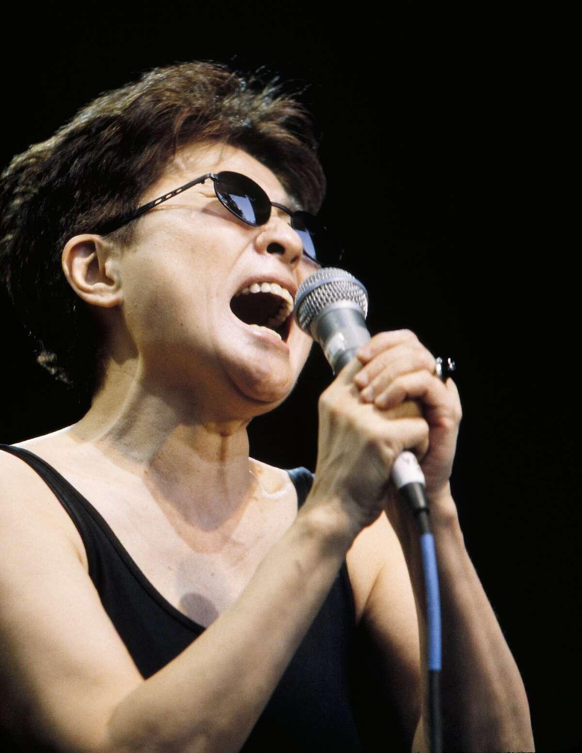 UNSPECIFIED - JANUARY 01: Photo of Yoko ONO (Photo by Andrew Lepley/Redferns)
