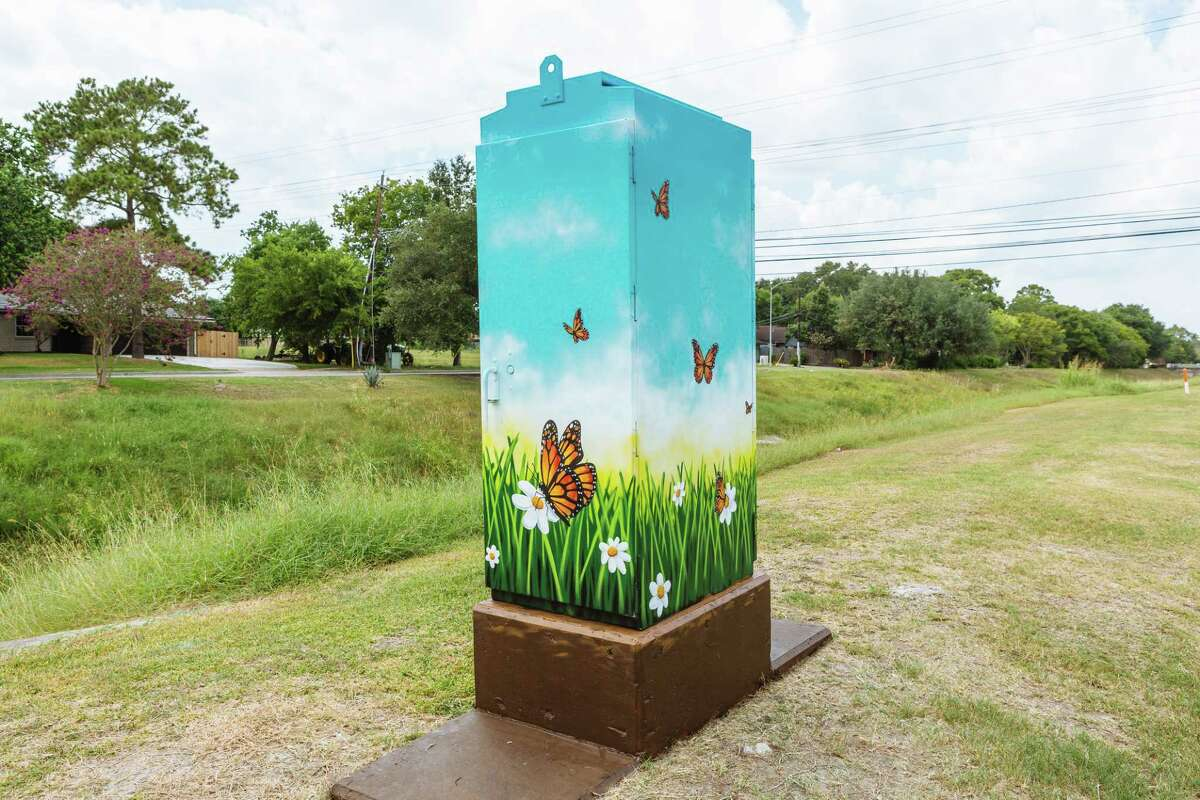 A mini mural near the intersection of Chimney Rock and Willowbend.