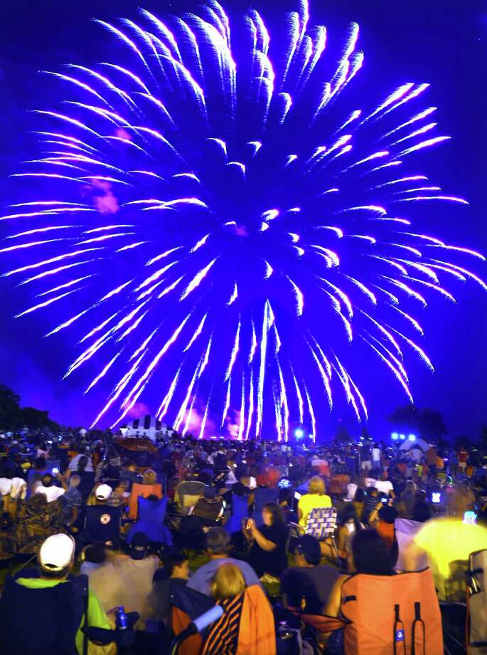 (Mara Lavitt — New Haven Register)  July 5, 2014 West Haven With 41 fireworks shows statewide, West Haven had some competition, and it showed in reduction of crowd size. But the fireworks and great weather still entertained those in attendance. mlavitt@newhavenregister.com / Mara Lavitt