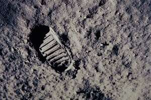 Space preservationists worry that astronauts' footprints on the moon could be disturbed by commercial exploration.