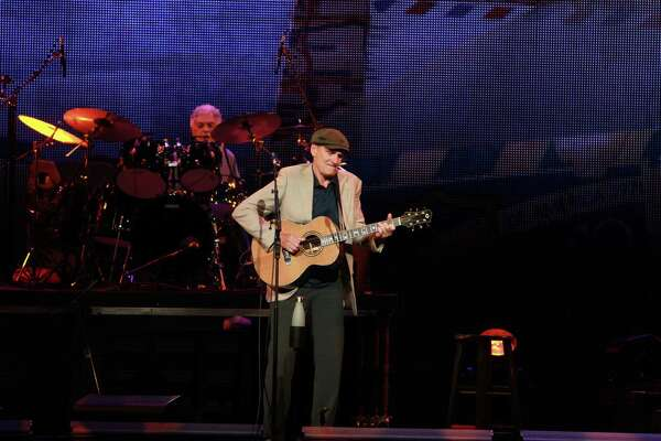 James Taylor in concert at Toyota Center. (For the Chronicle/Gary Fountain, August 1, 2017)