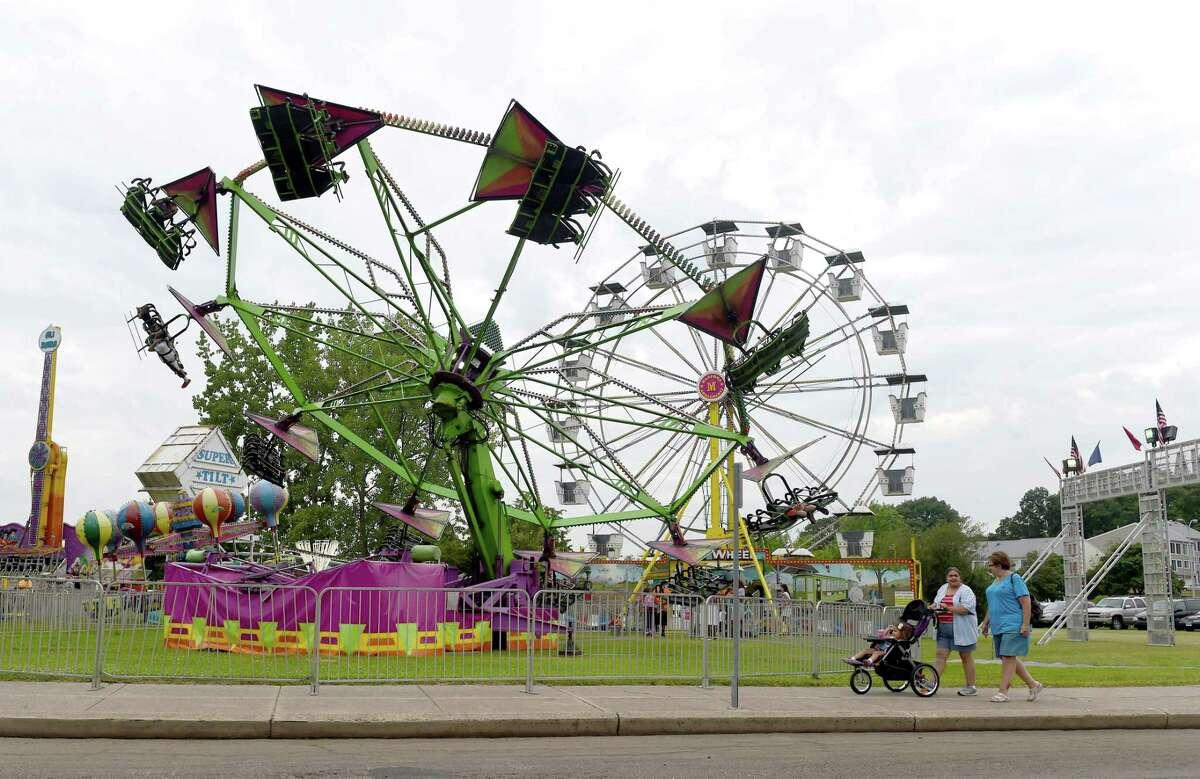 (Peter Hvizdak - New Haven Register) Savin Rock Festival in West Haven at Old Grove Park, Saturday, July 26, 2014.