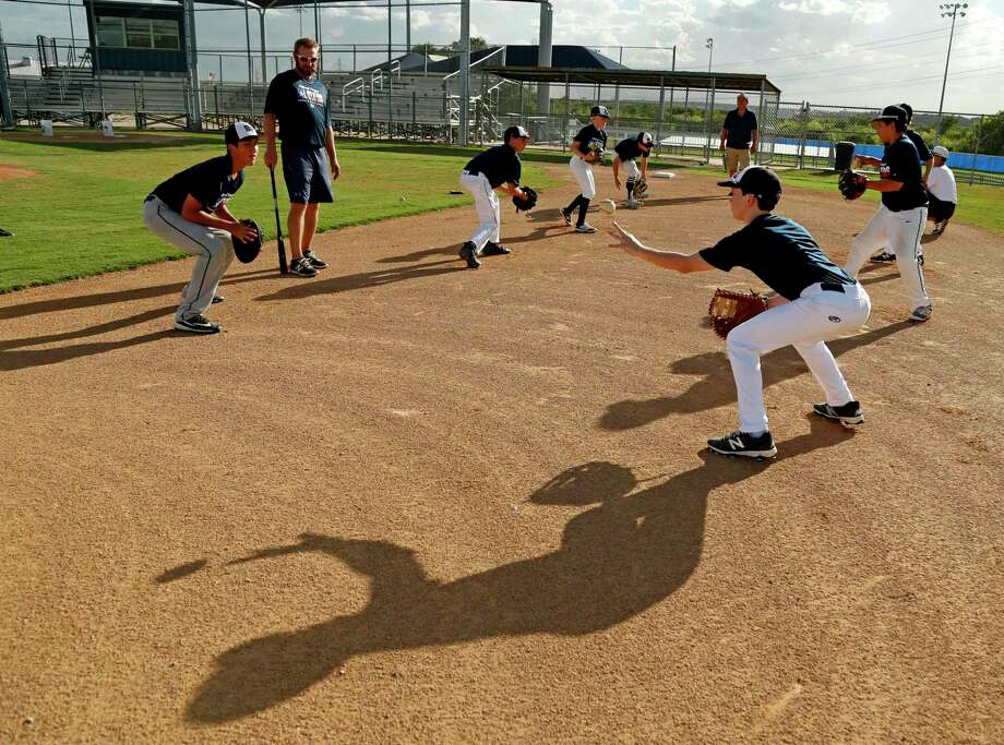 McAllister Park Little League, one of the larger Little League baseball and softball programs in San Antonio, became another casualty of the coronavirus pandemic when it announced Tuesday on Facebook that its spring seasons have been canceled. Photo: Ron Cortes /Contributor / Freelance