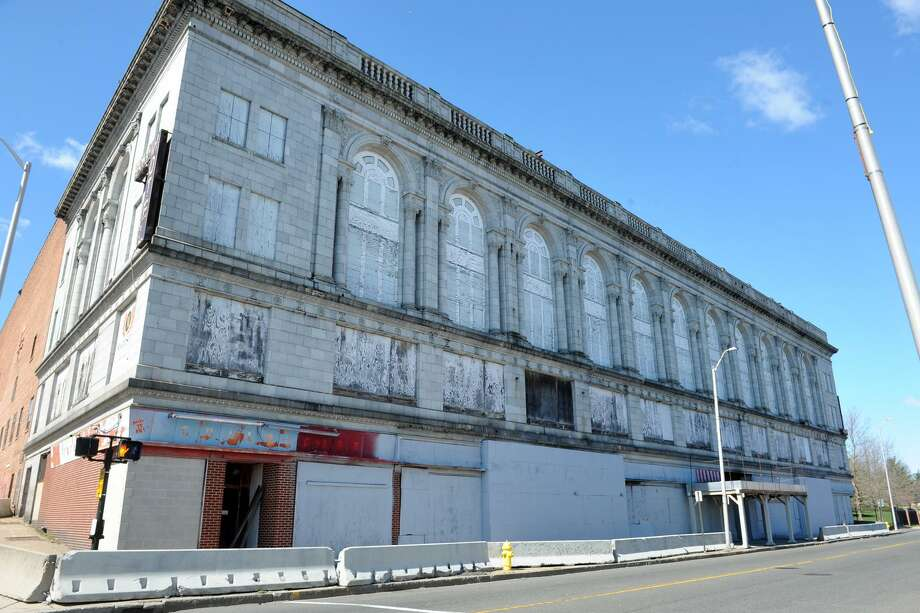 The former Palace and Majestic Theaters, and Savoy Hotel in Bridgeport, Conn. March 29, 2016. Photo: Ned Gerard / Hearst Connecticut Media / Connecticut Post