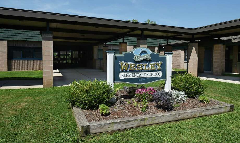 Wesley Elementary School in Middletown Photo: Catherine Avalone / The Middletown Press