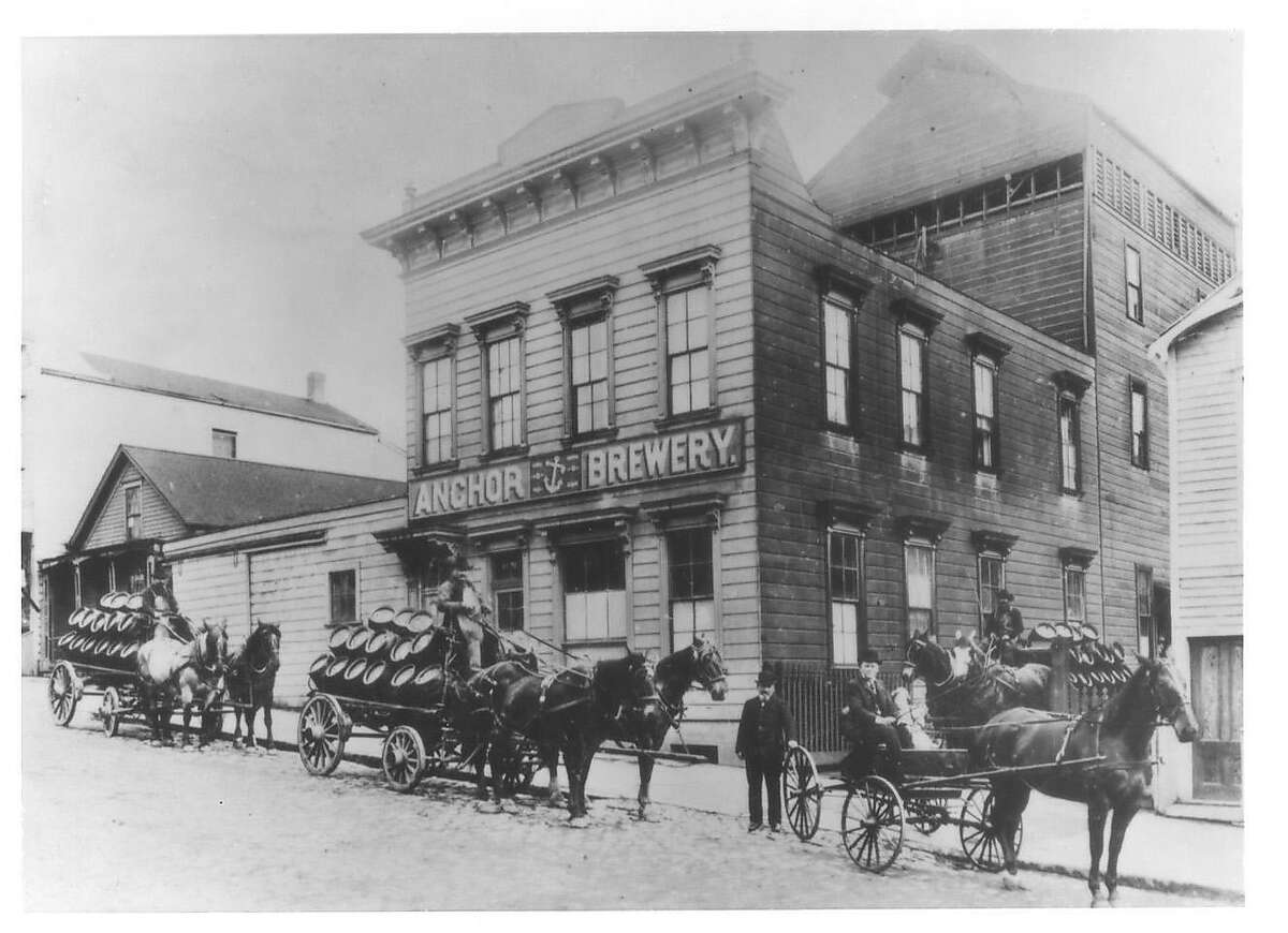 Horses pick up fresh cargo in 1906 at Anchor Brewing's original location on Pacific Avenue between Larkin and Hyde Street in San Francisco.