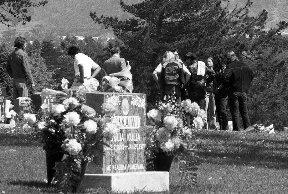 """Hells Angels mourn Harry """"the Horse"""" Flamburis at Cypress Lawn Cemetery, April 22, 1977. Photo: Clem Albers, The Chronicle"""
