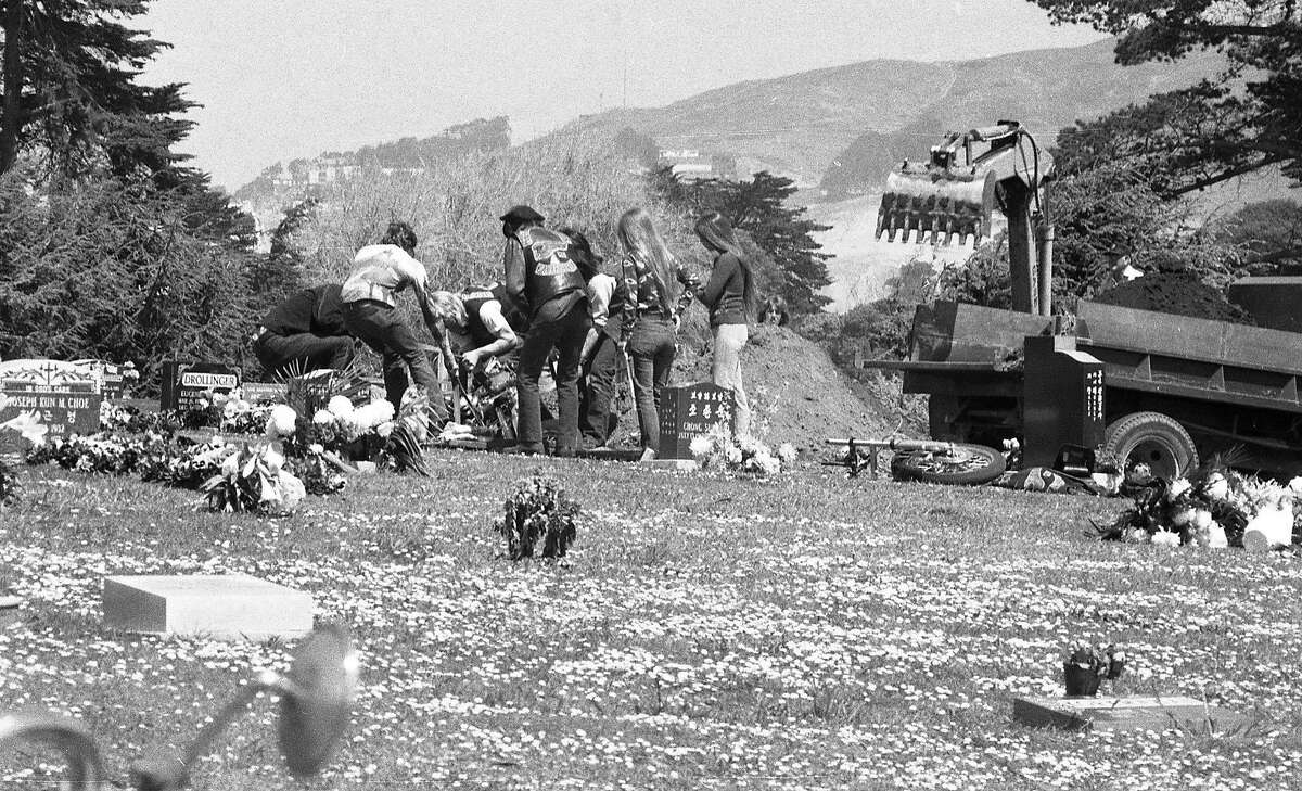 Hells Angels to bury his Harley-Davidson motorcycle, with Harry the Horse Flamburis at Cypress Lawn Cemetery, April 22, 1977