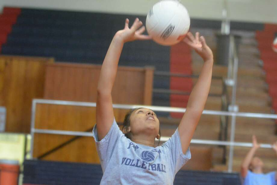 Plainview's Christen Gonzalez practices setting on the first day of volleyball practice. The junior is one of four returners for the Lady Bulldogs, who begin their season when they host a multi-team scrimmage Friday. Photo: Skip Leon/Plainview Herald