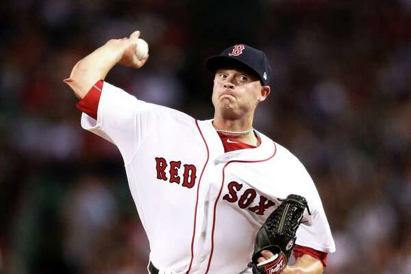 BOSTON, MA - AUGUST 1: Addison Reed #43 of the Boston Red Sox pitches against the Cleveland Indians during the eighth inning at Fenway Park on August 1, 2017 in Boston, Massachusetts. (Photo by Maddie Meyer/Getty Images)