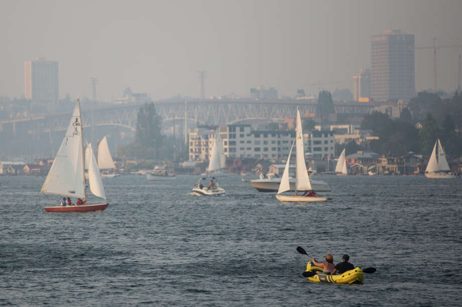 Lake Union is covered in haze from wildfires in British Columbia on Wednesday, Aug. 2, 2017. Photo: GRANT HINDSLEY, SEATTLEPI.COM / SEATTLEPI.COM