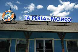 La Perla del Pacifico on Culebra Road.
