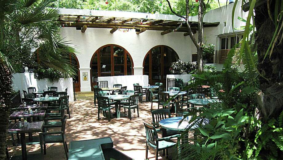 The daytime temperatures are mild, and the evening hours are the perfect setting to dine al fresco in the San Antonio area through the months of March and April. And perhaps best of all, it's a bug-free experience. Here are 10 places to take to the outdoors: Photo: Mike Sutter /Staff File Photo