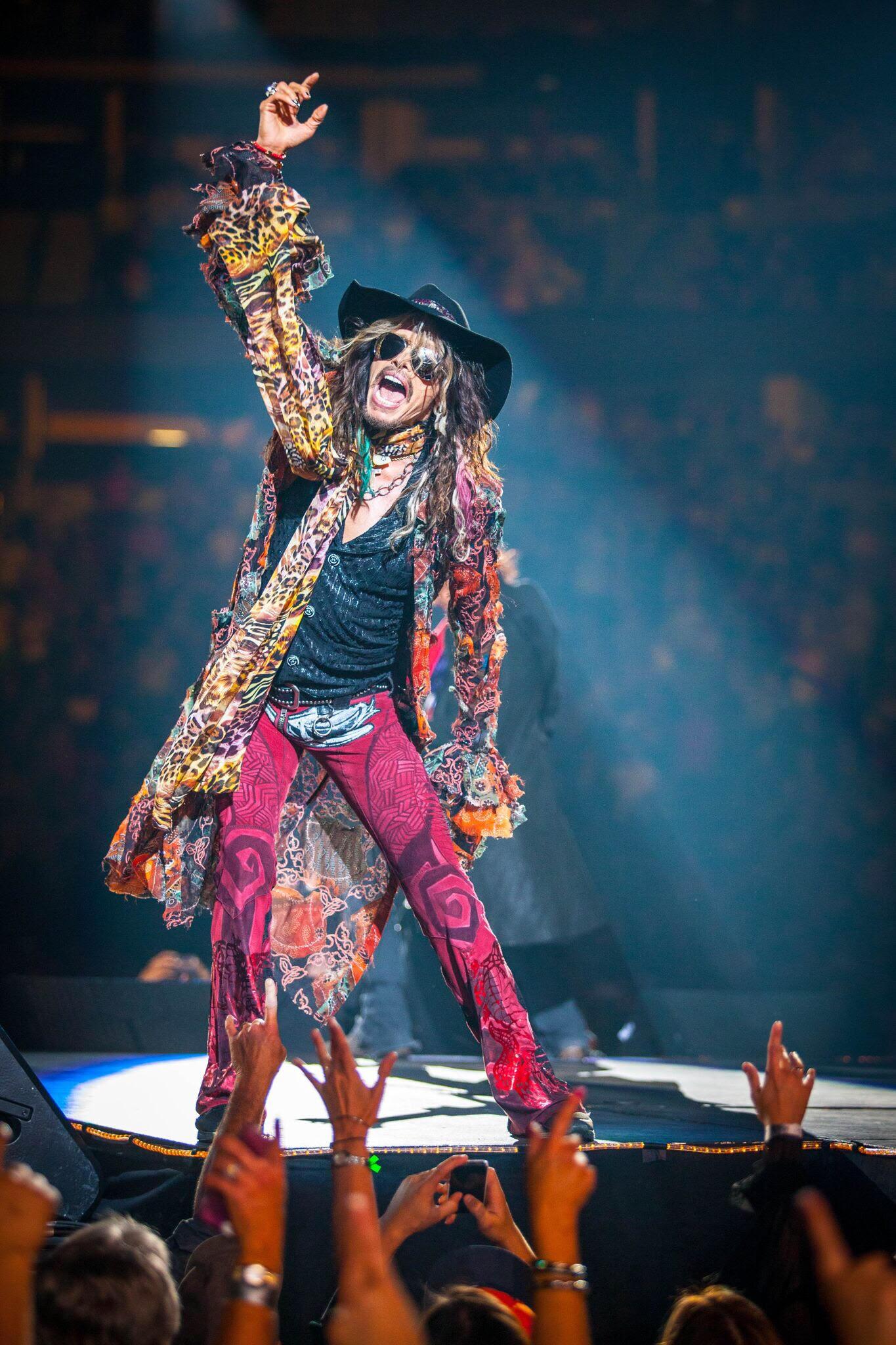 Aerosmith Singer Steven Tyler To Play Tobin Center Benefit