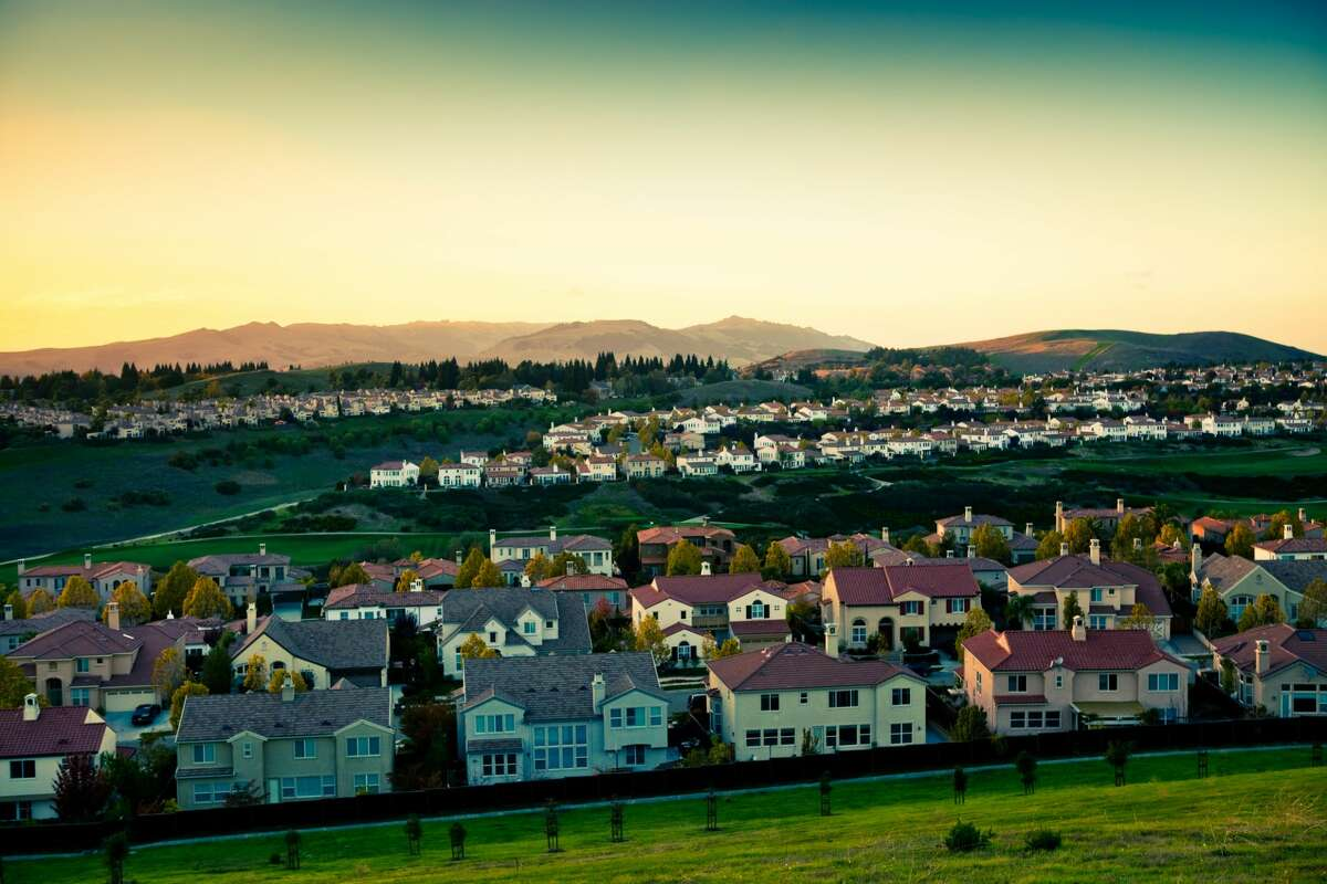 Does your suburb make the list? Take a look through the slideshow to see which Bay Area suburbs Niche calls the safest, along with some crime stats for that city.