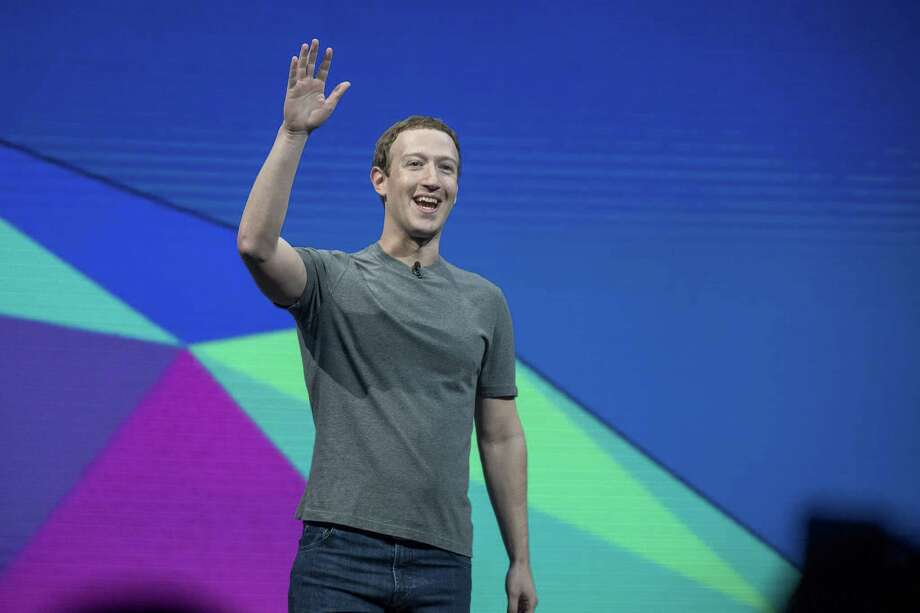 Mark Zuckerberg, chief executive officer and founder of Facebook Inc., waves to attendees during the F8 Developers Conference in San Jose, Calif. in April. Facebook has been taking steps to make sure that new reports spreading on its social network are accurate — without intervening in a biased way. Photo: David Paul Morris /Bloomberg / © 2017 Bloomberg Finance LP