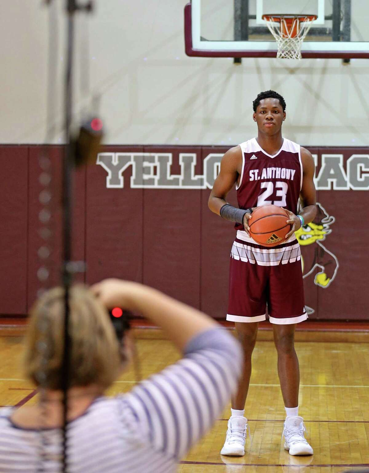 St. Anthony's Charles Bassey poses for a photo by Susan Mace of Visual Sports in 2017.
