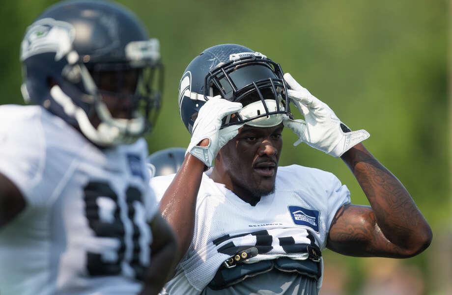 Seahawks defensive end Frank Clark revealed that he played with broken bones  in both hands last bd21578236d