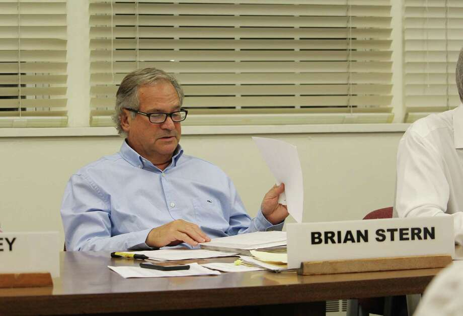 Board of Finance Chair Brian Stern at an Aug. 2, 2017 meeting in Westport, Conn. Photo: Laura Weiss / Hearst Connecticut Media / Westport News