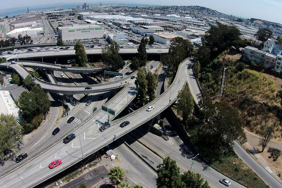 "The area of Highway 101 near Cesar Chavez Street and Potrero Avenue, with its many many on- and off-ramps, is known to Mission and Dogpatch residents as the ""Hairball."" Photo: Santiago Mejia, The Chronicle"