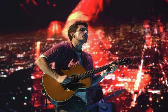 John Mayer performs before more than 10,000 fans at the AT&T Center on Thursday.