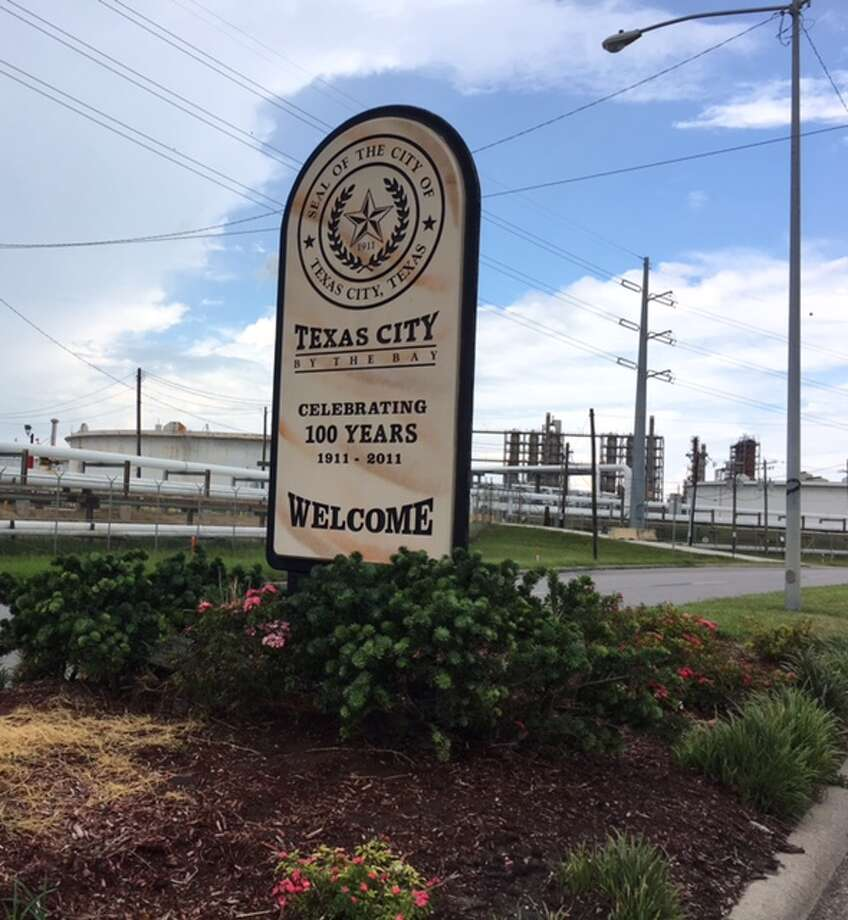 Texas City has a complicated relationship with its industrial base. Photo: Mike Snyder/Houston Chronicle
