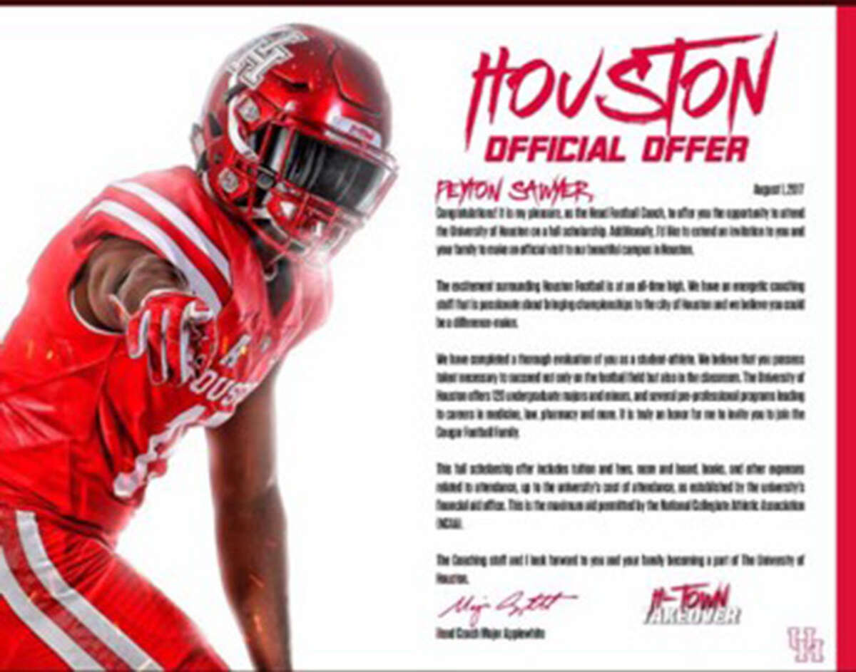 What college football scholarship letters look like these days Houston Aug. 1 is the first day college football programs can send official scholarship offers to high school athletes. Most college programs have taken their letters to the next level.