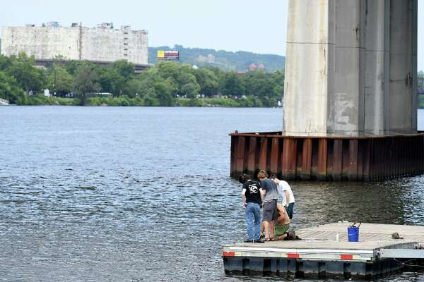 Magnetic fishing attracts Hudson River metal treasures