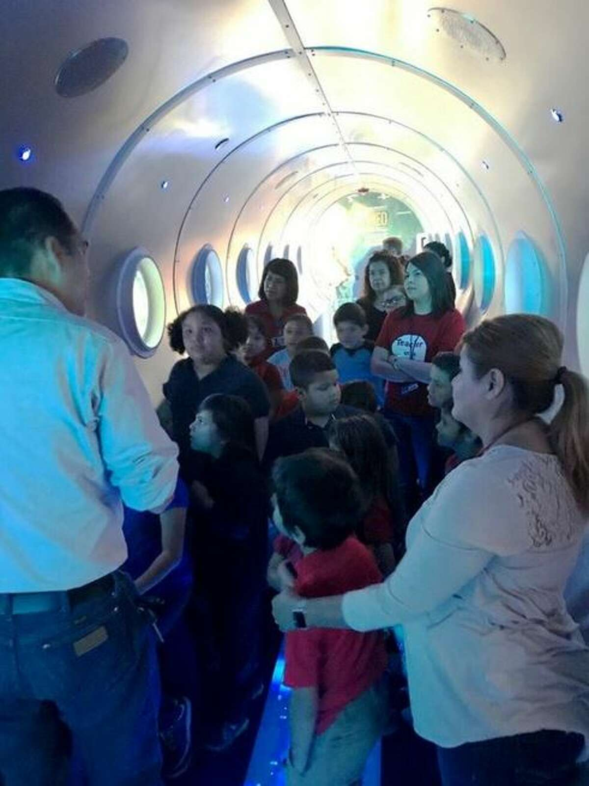 The LISD students enjoy one of the exhibits at the Laredo Water Museum during their tour.
